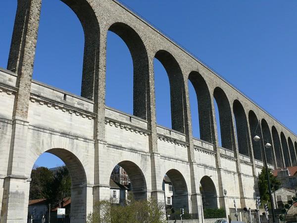 Les Aqueducs : acheminer l'eau  P1170710