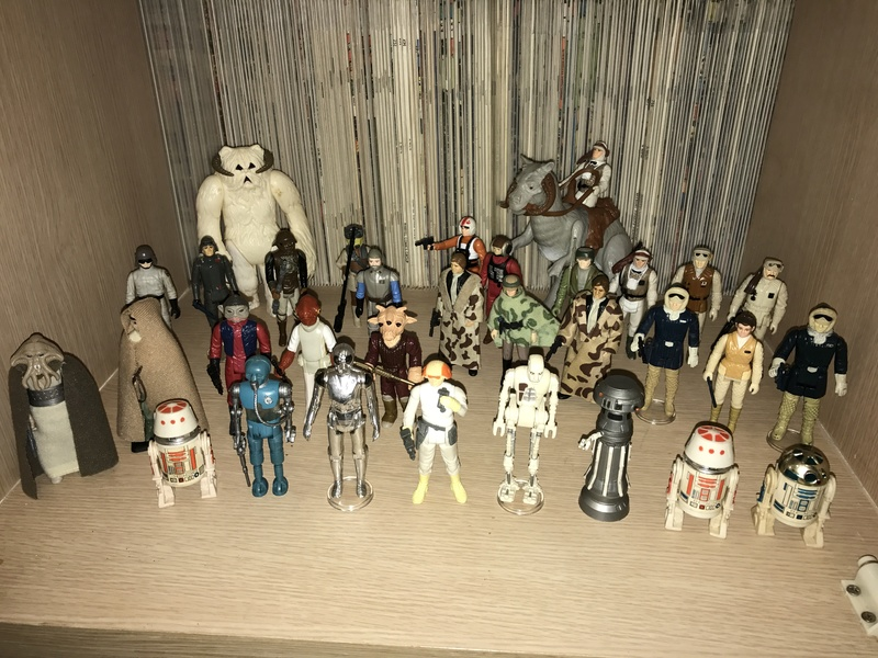 My humble little loose Star Wars collection. Img_5712