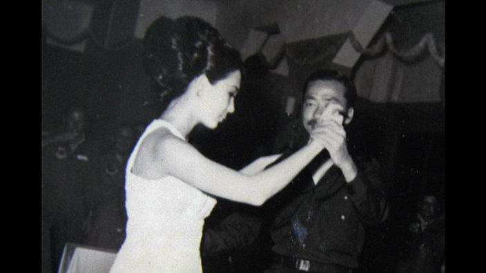 Chùm ảnh đẹp của 1 lãnh đạo VNCH với những năm tháng bên 1 hoa khôi Sài Gòn 1ff10