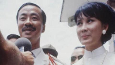 Chùm ảnh đẹp của 1 lãnh đạo VNCH với những năm tháng bên 1 hoa khôi Sài Gòn 20110710