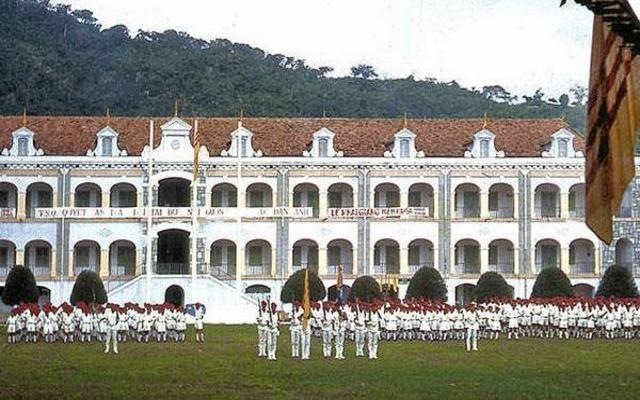 Trận Chiến Hào Hùng và Bi Hùng của Các Chiến Sĩ Tí Hon Ở Trường Thiếu Sinh Quân Vũng Tàu - 30 tháng 4 năm 1975. Oie_1510