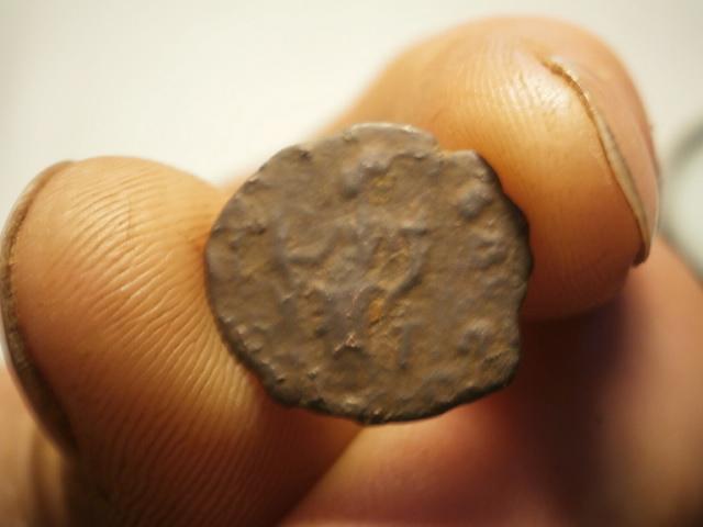 Antoniniano de Tétrico I. HILARITAS AVGG. Colonia P4050012
