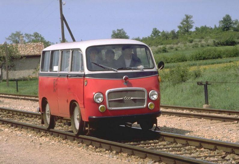 Za prijatelje željeznice i željezničke modelare - Page 10 Auto_i11