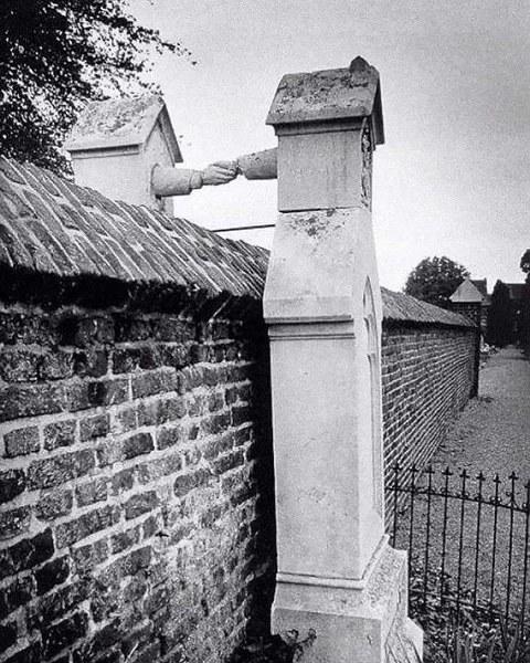 Primjer vjerske tolerancije - Page 2 Grave_11