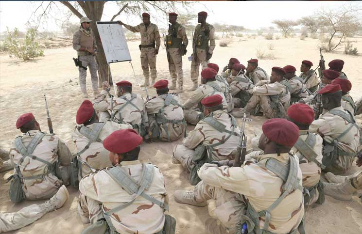 الجيش الموريتاني - صفحة 5 Arton310