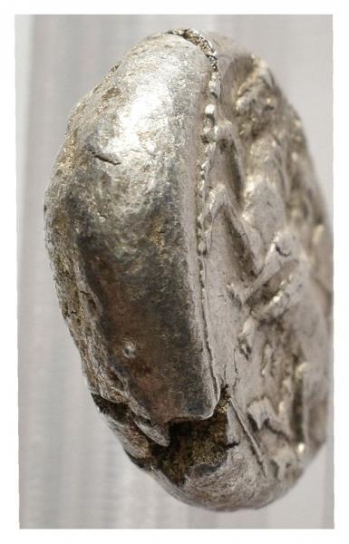 Corinto. Estátera (347-306 a.C.) Canto_10