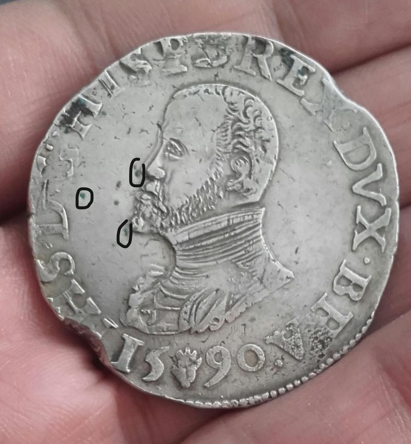 puntos verdes en moneda de plata Img_2046