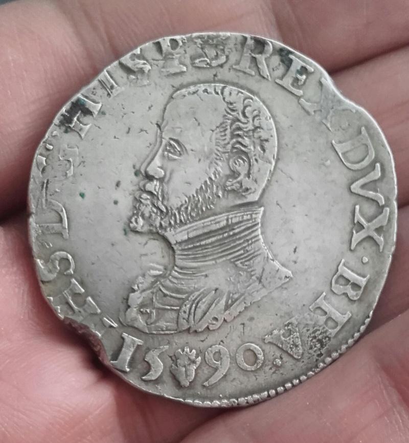 puntos verdes en moneda de plata Img_2049