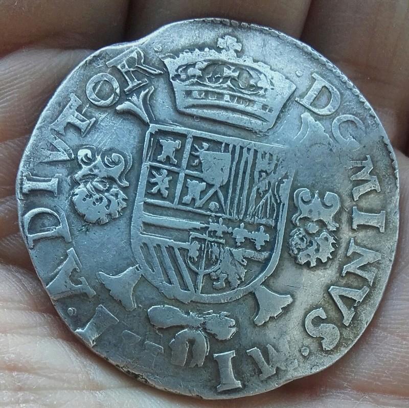 puntos verdes en moneda de plata Img_2054