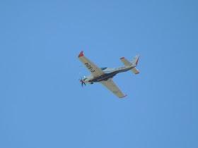 Fotos de la Fuerza Aérea Argentina - Página 3 11-04-11