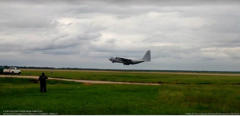 Fotos de la Fuerza Aérea Argentina - Página 3 17862710