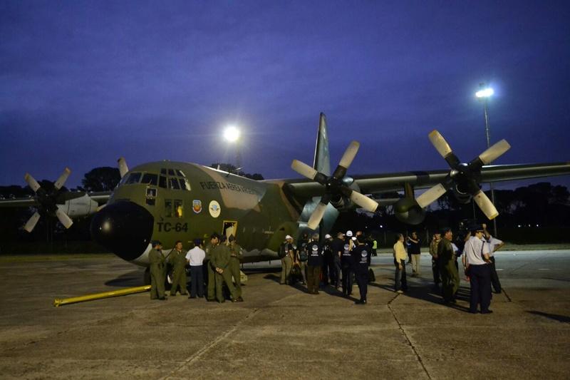 Boletín de noticias de los C-130 Hércules - Página 38 Arribo10