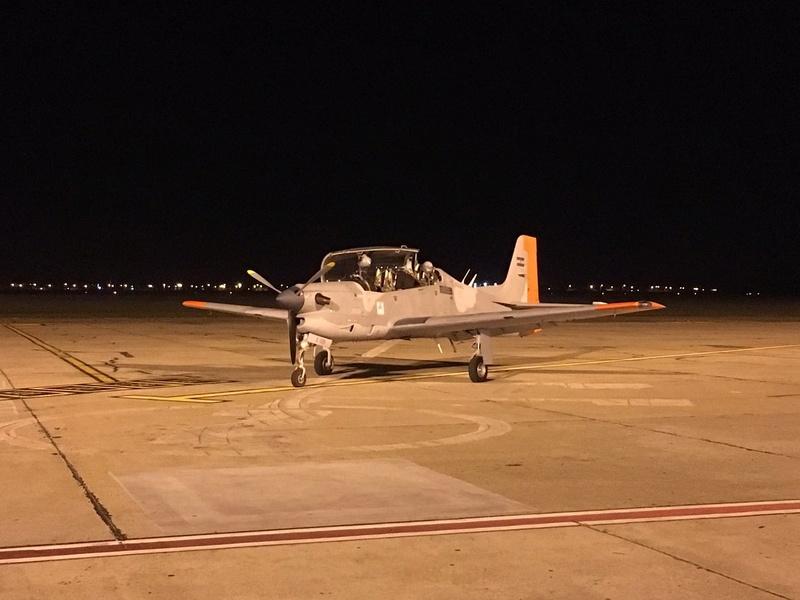 Fotos de la Fuerza Aérea Argentina - Página 3 C8h67r11