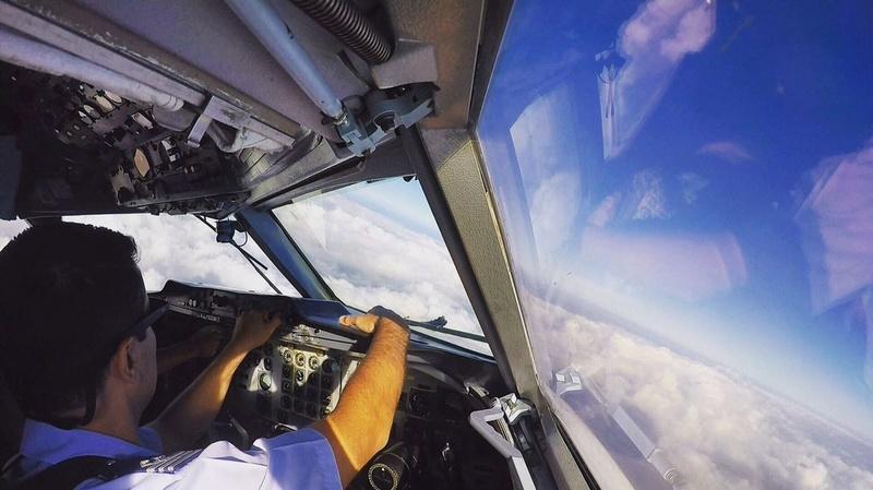 Fotos de la Fuerza Aérea Argentina - Página 3 C8hmiz11