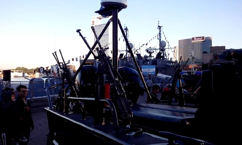Fotos y videos de la Armada Argentina Cameri21