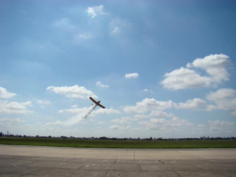 FAdeA lanza su programa de fabricación bajo licencia del avión aeroaplicador PA-25 Puelche-Nota- - Página 4 Dsc09811
