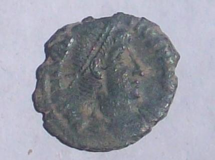 AE3 de Constancio II. FEL TEMP REPARATIO 102_4048