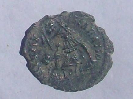 AE3 de Constancio II. FEL TEMP REPARATIO 102_4049