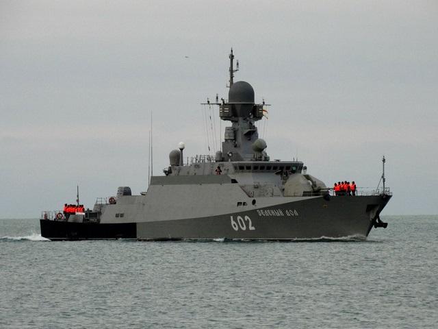 اشكالية تصنيف السفن القتالية - الكورفيت مثالاً - صفحة 2 Projec10