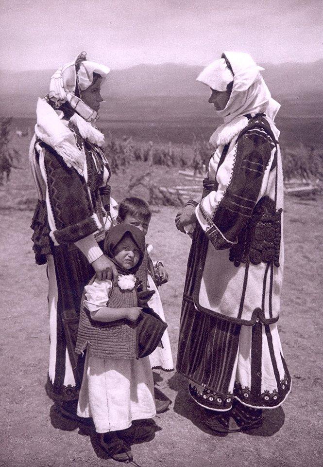 Стари слики - Македонија во 1920- 1930 In_sko10