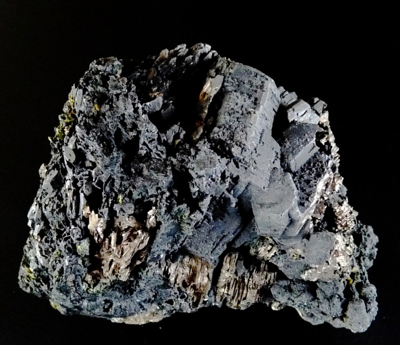 mina - El mineral del mes - Juny 2017 Reduid10