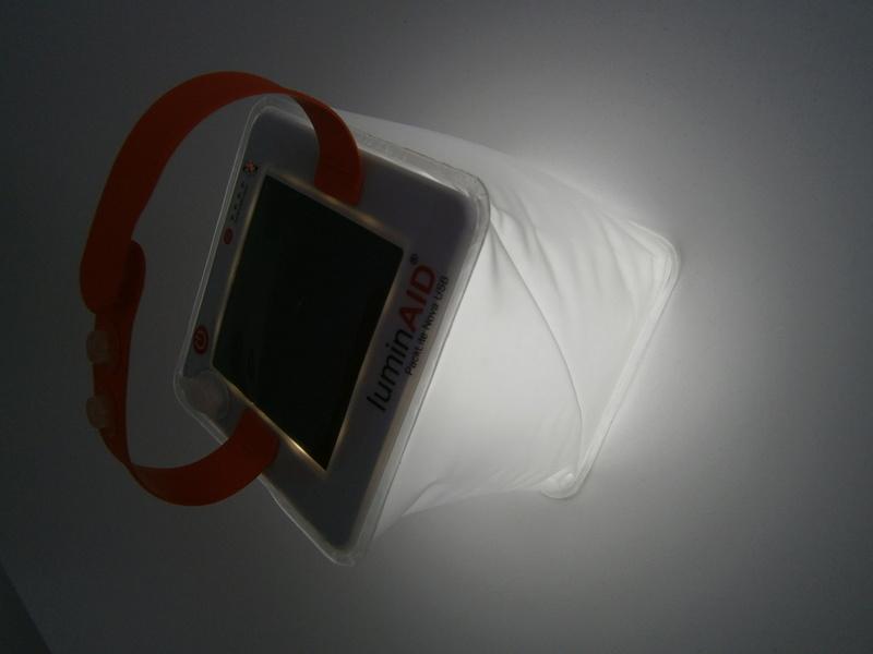 lanterne Gonflable Lumin aid Nova USB P5070310