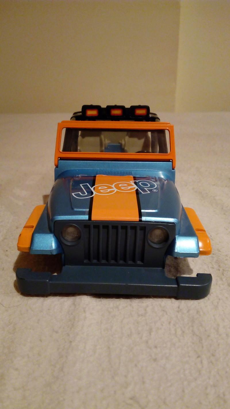 carroceria jeep wrangler 1/24 por 20€ Img_2044