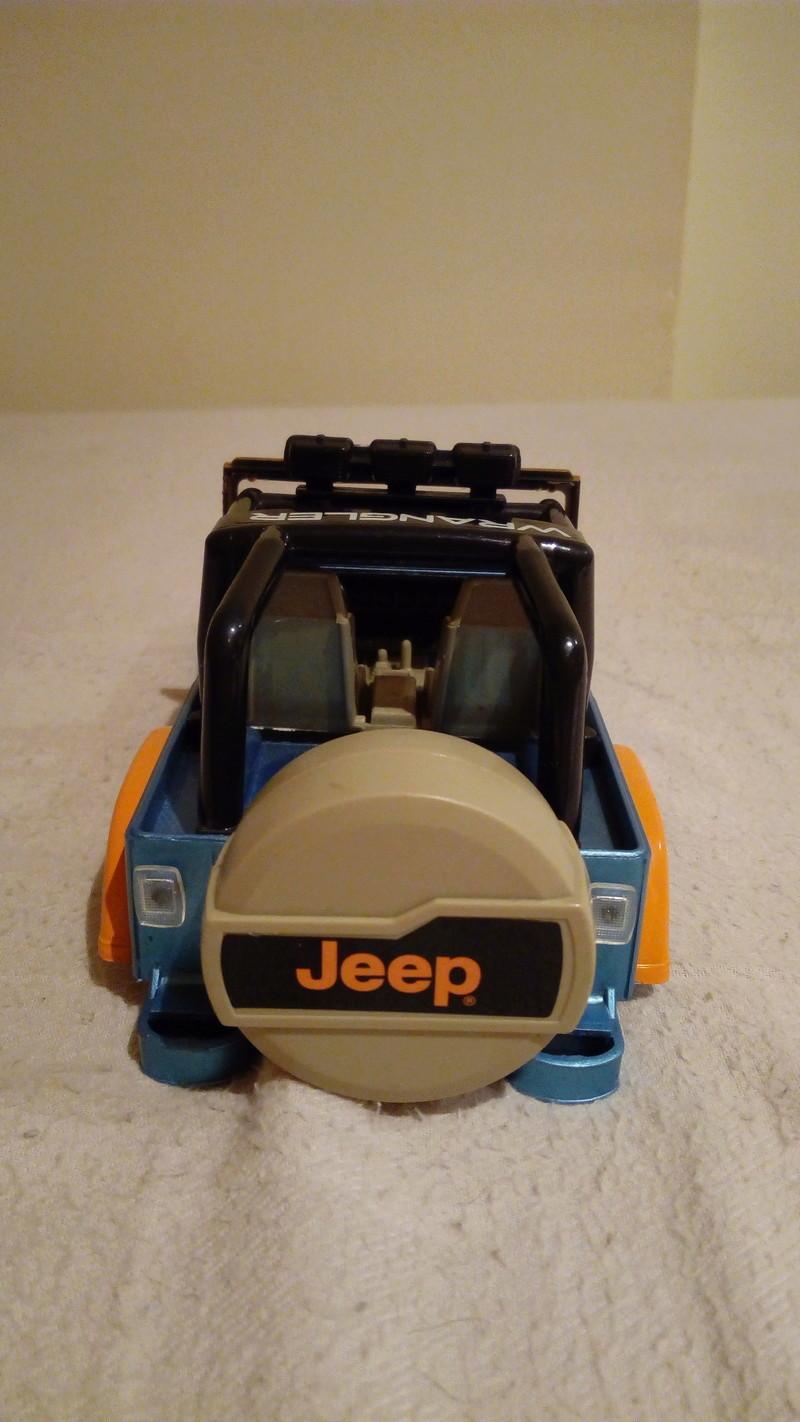 carroceria jeep wrangler 1/24 por 20€ Img_2048