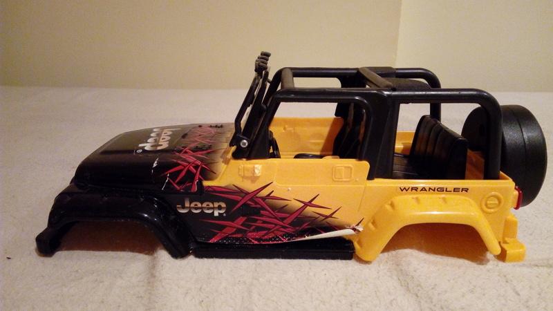 carroceria jeep wrangler 1/18 por 25€ Img_2097