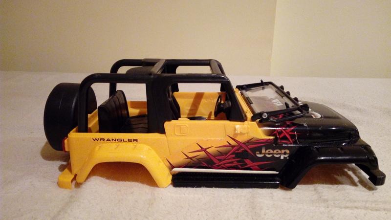 carroceria jeep wrangler 1/18 por 25€ Img_2098