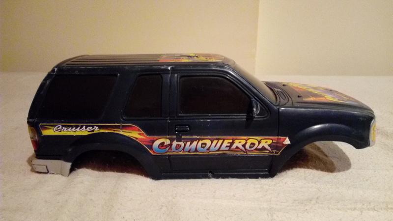 carroceria ford explorer 1/18 por 15€ Img_2131