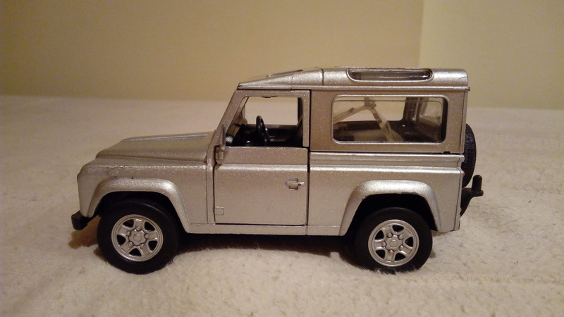 carroceria land rover defender de metal 1/32 por 15€ Img_2138