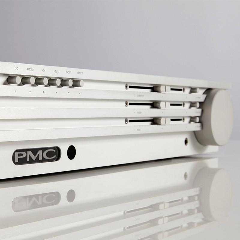 Primer amplificador integrado PMC Coramp12