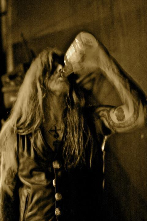 Black Sabbath: Reunion, 1998 (p. 37) - Página 7 38721411