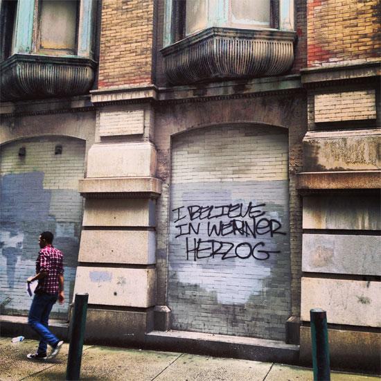 Pintadas, grafittis y otras mierdas del arte hurvano ese. - Página 4 I_beli10