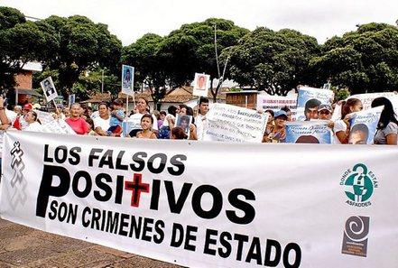Colombia: represiones, terror, violaciones y esclavismo $. Propiedad agraria, Estado, FARC, ELN. Luchas de clases - Página 9 0522_m10