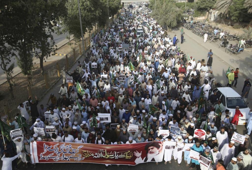 Pakistán. Situación, conflictos. El nuevo gobierno islamista reimplanta la pena de muerte. - Página 5 15393510
