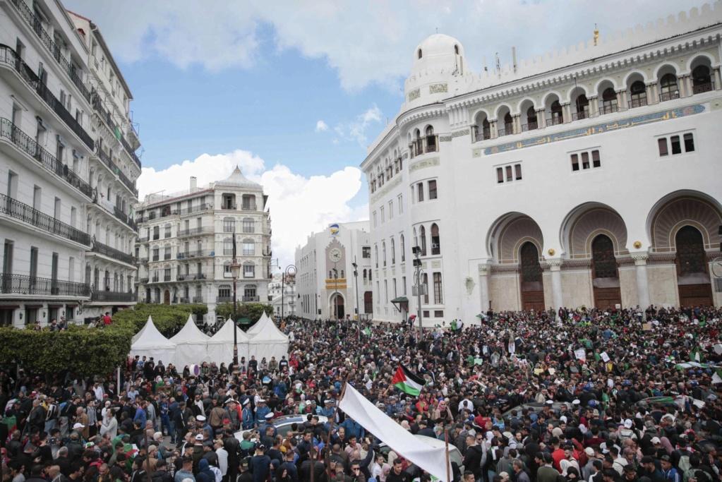 Argelia: El lento declive del gas. Luchas y contradicciones de clases. - Página 2 15549010