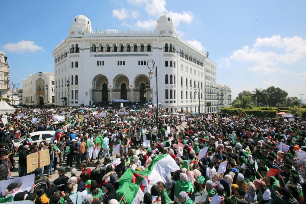 Argelia: El lento declive del gas. Luchas y contradicciones de clases. - Página 2 15554110