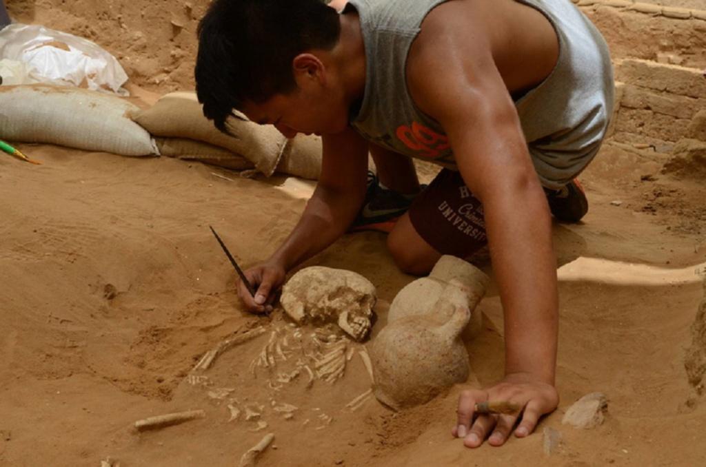 Diez cadáveres hallados en Ascalón (Israel) desvelan la historia de migrantes europeos hace 3.600 años. [Historia] 15621610