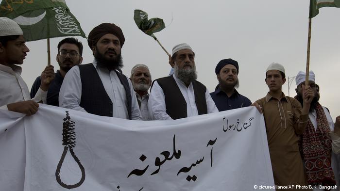 Pakistán. Situación, conflictos. El nuevo gobierno islamista reimplanta la pena de muerte. - Página 4 45871410