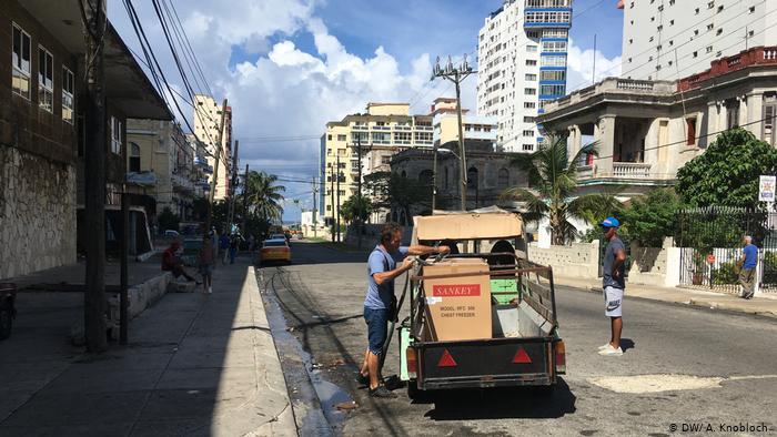 Capitalismo en Cuba, privatizaciones, economía estatal, inversiones de capital internacional. - Página 12 51103310