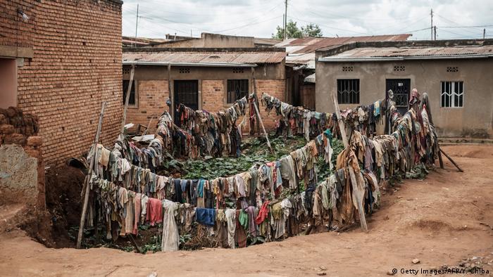 Ruanda. Auge de los negocios. 53589610