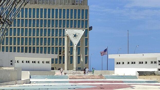 Capitalismo en Cuba, privatizaciones, economía estatal, inversiones de capital internacional. - Página 12 Constr11
