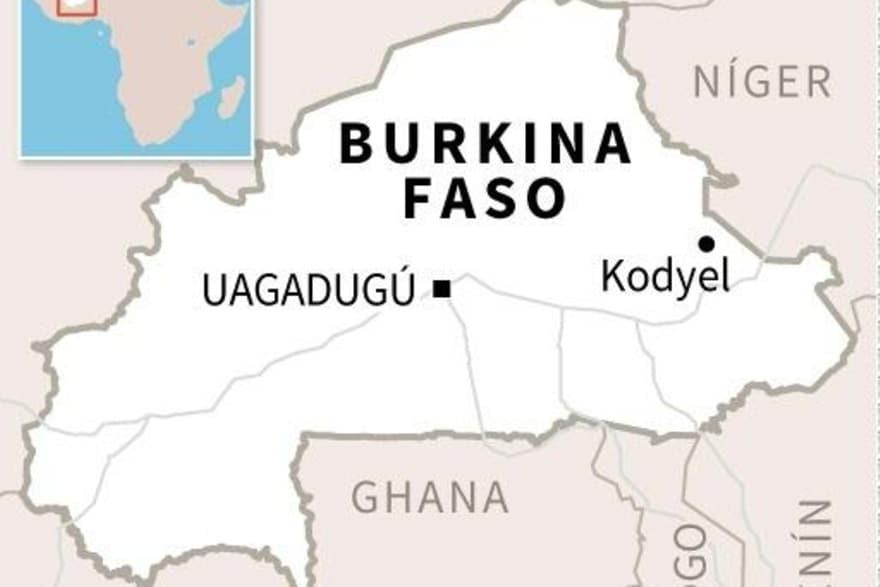 Burkina Faso: Queman el Parlamento y la oposición democrática protesta. - Página 2 Image_42