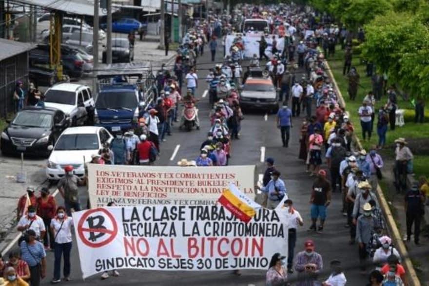 """En El Salvador... también tuvieron sus Pactos de """"la Moncloa""""... - Página 2 Image_61"""