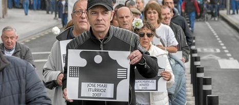 Burguese$ asesinos múltiples del amianto... miles de obrer@s asesinad@s. ... Italia, España.  Juanjo10
