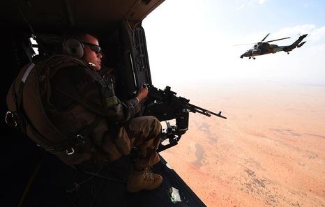 Mali, tuaregs, Azawad. Islamistas, tropas gubernamentales, intereses imperialista$. - Página 6 Mali10