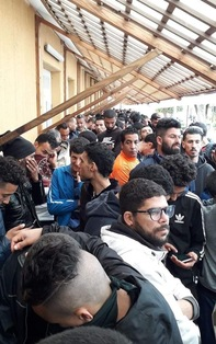 Migrantes proletarios y de otras clases, y Unión Europea. [2] - Página 2 Migran10