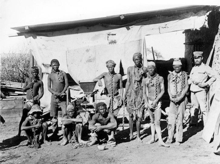 Capitalismo, colonialismo y genocidio. Un caso en Africa colonial: los herero y namaqua. [HistoriaC] Namibi10
